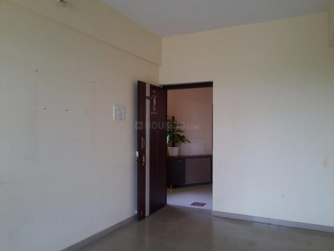Living Room Image of 650 Sq.ft 1 BHK Apartment for buy in Airoli for 7700000