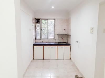 Gallery Cover Image of 680 Sq.ft 1 BHK Apartment for rent in Silver Spring Apartment, Andheri West for 32000