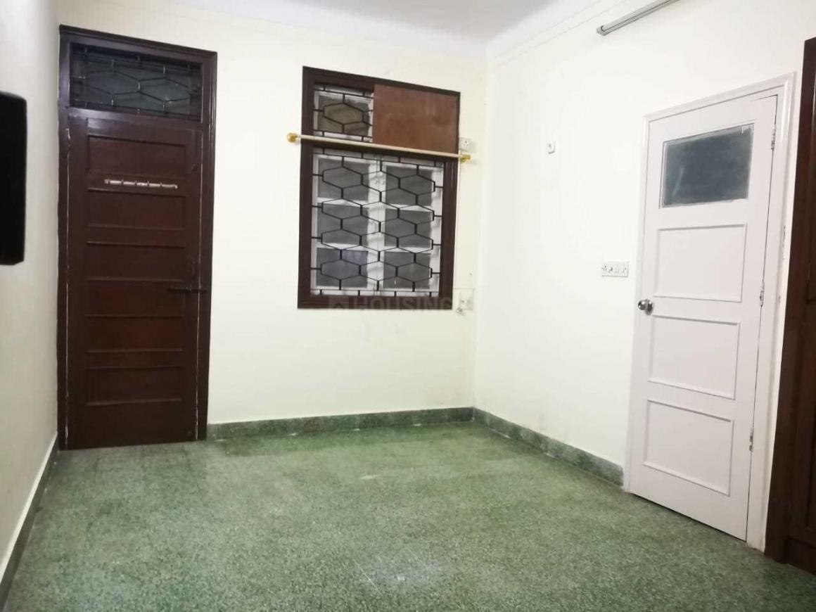 Living Room Image of 758 Sq.ft 2 BHK Apartment for rent in Parel for 65000