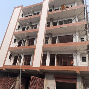Gallery Cover Image of 1150 Sq.ft 3 BHK Apartment for buy in Sector 110 for 3800000