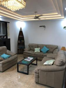 Gallery Cover Image of 2100 Sq.ft 3 BHK Apartment for rent in Sector 10 Dwarka for 33000