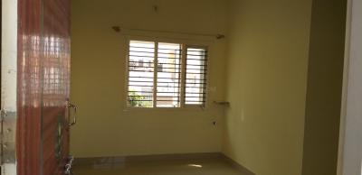 Gallery Cover Image of 950 Sq.ft 1 BHK Independent House for rent in Devarachikkana Halli for 8500