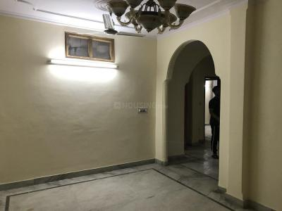 Gallery Cover Image of 1200 Sq.ft 3 BHK Independent Floor for rent in Sant Nagar for 24000
