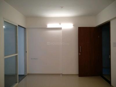Gallery Cover Image of 990 Sq.ft 2 BHK Apartment for buy in Moshi for 4820360