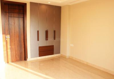 Gallery Cover Image of 2160 Sq.ft 3 BHK Independent Floor for buy in Unitech South City II, Sector 49 for 15500000