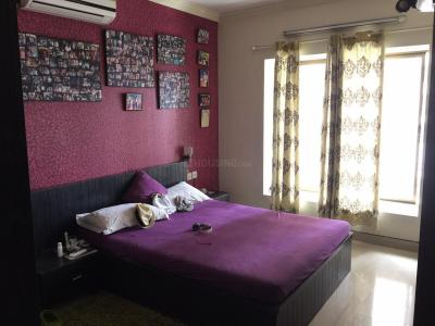 Gallery Cover Image of 1800 Sq.ft 3 BHK Apartment for rent in Kalighat for 45000