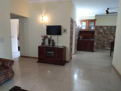 Gallery Cover Image of 2368 Sq.ft 3 BHK Apartment for rent in Sector 30 for 50000