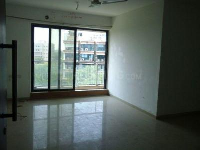 Gallery Cover Image of 1306 Sq.ft 3 BHK Apartment for buy in Rustomjee Elanza, Malad West for 25000000