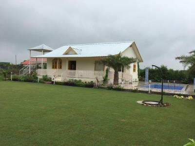 Gallery Cover Image of 9072 Sq.ft 3 BHK Independent House for buy in Sector 148 for 3450000