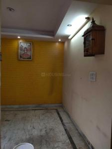 Gallery Cover Image of 1200 Sq.ft 2 BHK Apartment for rent in Mayur Vihar Phase 3 for 11000