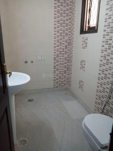 Gallery Cover Image of 2200 Sq.ft 4 BHK Apartment for rent in Sector 24 Dwarka for 44000