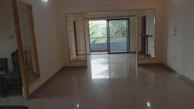 Gallery Cover Image of 1800 Sq.ft 3 BHK Apartment for rent in Richmond Town for 50000