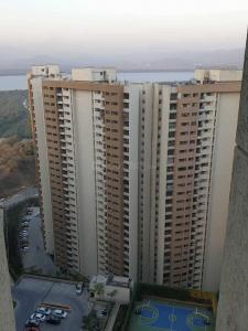 Gallery Cover Image of 999 Sq.ft 2 BHK Apartment for rent in Bhayandarpada, Thane West for 25000