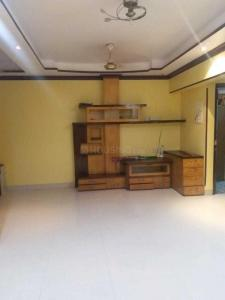 Gallery Cover Image of 800 Sq.ft 2 BHK Apartment for rent in Prabhadevi for 75000
