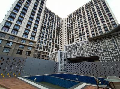Gallery Cover Image of 750 Sq.ft 1 BHK Apartment for rent in Kanakia Zenworld Phase I, Kanjurmarg East for 25000