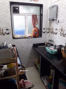 Kitchen Image of 700 Sq.ft 1 BHK Apartment for buy in Juinagar for 6700000
