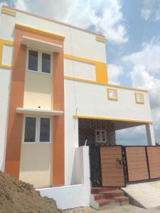 Gallery Cover Image of 900 Sq.ft 2 BHK Independent House for buy in Anakaputhur for 4200000
