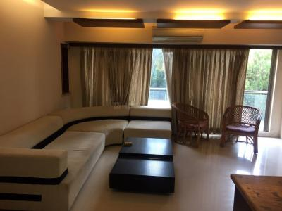 Gallery Cover Image of 1275 Sq.ft 3 BHK Apartment for rent in Santacruz West for 120000