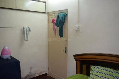 Gallery Cover Image of 520 Sq.ft 2 BHK Apartment for rent in Fort for 38000