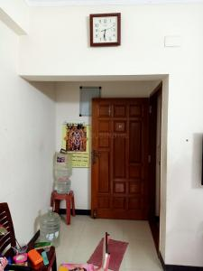 Gallery Cover Image of 940 Sq.ft 2 BHK Apartment for buy in Ambattur for 5500000