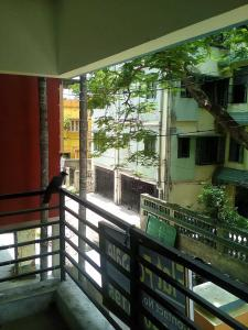 Gallery Cover Image of 920 Sq.ft 2 BHK Apartment for buy in Purba Barisha for 3200000