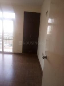 Gallery Cover Image of 1100 Sq.ft 2 BHK Apartment for rent in Sector 76 for 9000