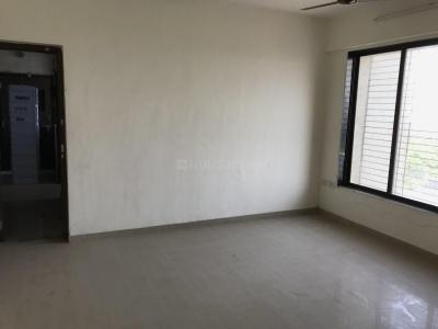 Gallery Cover Image of 800 Sq.ft 2 BHK Apartment for rent in Worli for 90000