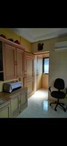 Gallery Cover Image of 240 Sq.ft 1 RK Apartment for buy in Sai Ganesh Sadan, Dadar West for 6000000