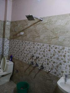 Bathroom Image of PG 4040064 Laxmi Nagar in Laxmi Nagar