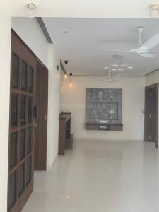Gallery Cover Image of 1000 Sq.ft 2 BHK Apartment for buy in Everest, Andheri West for 32500000