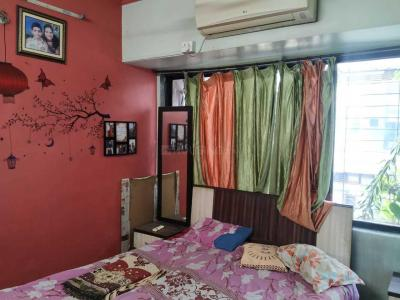 Gallery Cover Image of 1500 Sq.ft 3 BHK Apartment for rent in Kopar Khairane for 45000