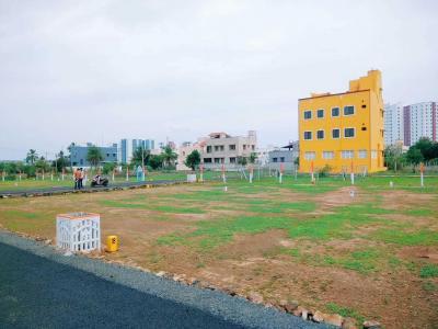 Gallery Cover Image of 2400 Sq.ft Residential Plot for buy in Kundrathur for 7200000