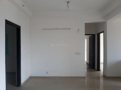 Gallery Cover Image of 1075 Sq.ft 2.5 BHK Apartment for rent in Sector 121 for 15000