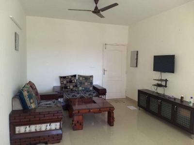 Gallery Cover Image of 1302 Sq.ft 3 BHK Apartment for rent in Sriperumbudur for 25000