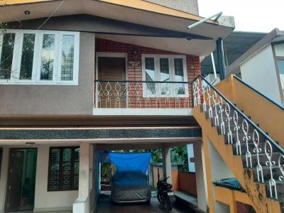 Gallery Cover Image of 3500 Sq.ft 6 BHK Villa for buy in Pappanamcode for 15000000