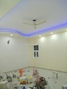 Gallery Cover Image of 1600 Sq.ft 2 BHK Independent Floor for buy in Chittaranjan Park for 20000000