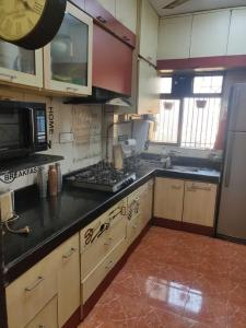 Gallery Cover Image of 960 Sq.ft 2 BHK Apartment for rent in AP Panch Smruti, Powai for 40000