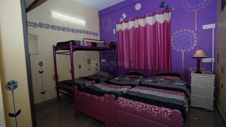 वेलचेरी में ईश्वरी ग्रांड पीजी फॉर वूमेन के बेडरूम की तस्वीर