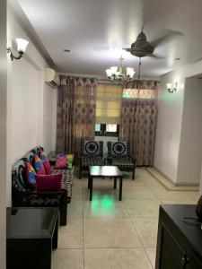 Gallery Cover Image of 1700 Sq.ft 3 BHK Apartment for rent in CGHS Gauri Ganesh Apartment, Sector 3 Dwarka for 33000