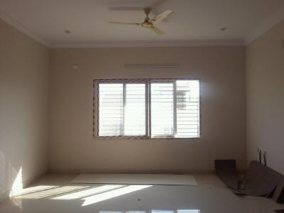 Gallery Cover Image of 1100 Sq.ft 2 BHK Apartment for rent in JP Nagar 9th Phase for 15000