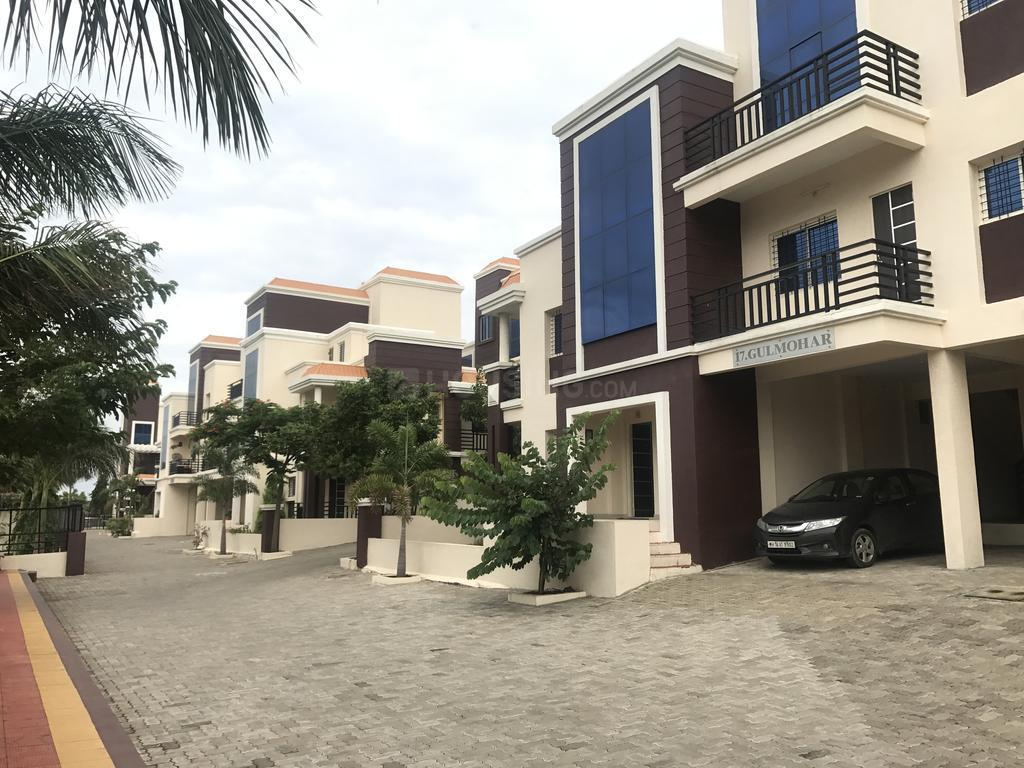Building Image of 3900 Sq.ft 4 BHK Apartment for buy in Ganeshpeth Colony for 35000000