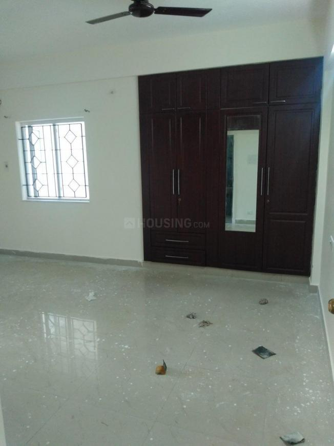 Living Room Image of 2200 Sq.ft 3 BHK Apartment for rent in Thoraipakkam for 35000