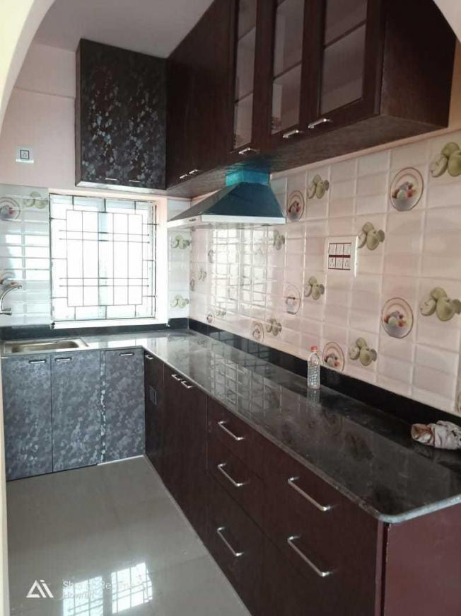 Kitchen Image of 1025 Sq.ft 2 BHK Apartment for rent in Uttarpara for 16000