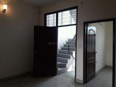 Gallery Cover Image of 825 Sq.ft 2 BHK Independent Floor for buy in Sector 49 for 3320000
