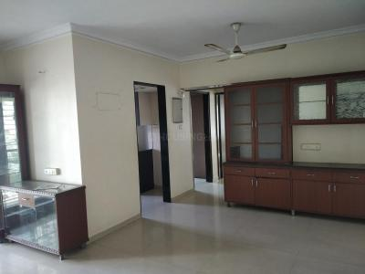 Gallery Cover Image of 1075 Sq.ft 2 BHK Apartment for rent in Kandivali East for 34000