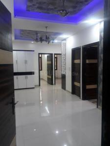 Gallery Cover Image of 1100 Sq.ft 3 BHK Apartment for buy in Plot 1046, Niti Khand for 6050000