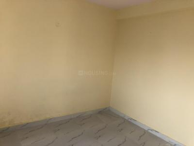 Gallery Cover Image of 750 Sq.ft 2 BHK Apartment for rent in Shubham Apartments Ghitorni, Ghitorni for 10500