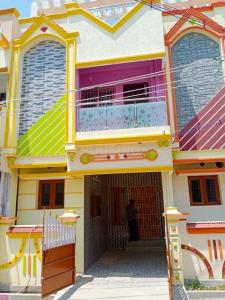 Gallery Cover Image of 1300 Sq.ft 3 BHK Independent House for buy in Mangadu for 5800000