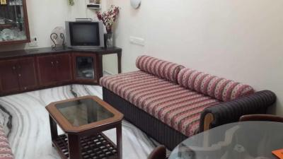 Gallery Cover Image of 350 Sq.ft 1 BHK Apartment for rent in Santacruz West for 50000