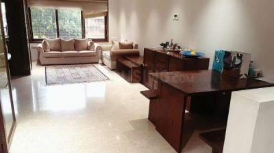 Gallery Cover Image of 3300 Sq.ft 4 BHK Apartment for rent in Andheri West for 375000